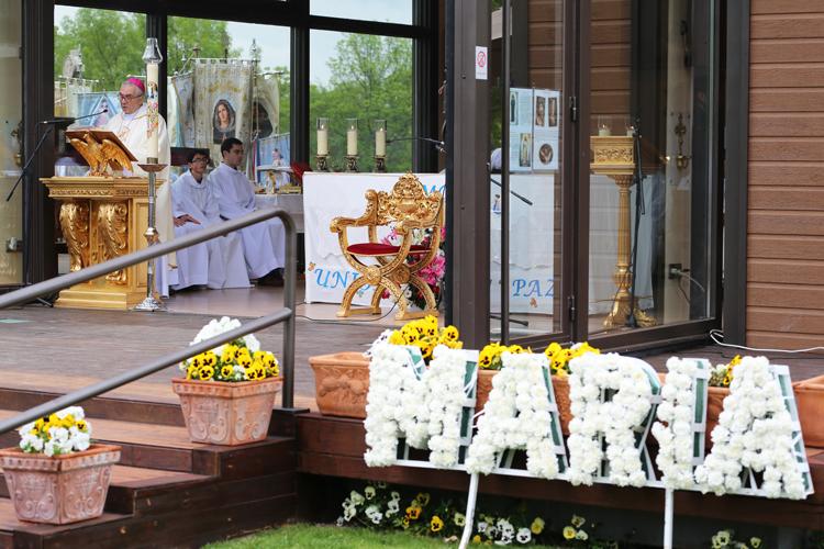 1-sab-may-(ofrenda-flores)w