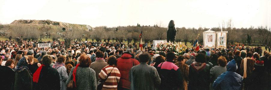 1995-Virgen Esorial procesion-prado-nave