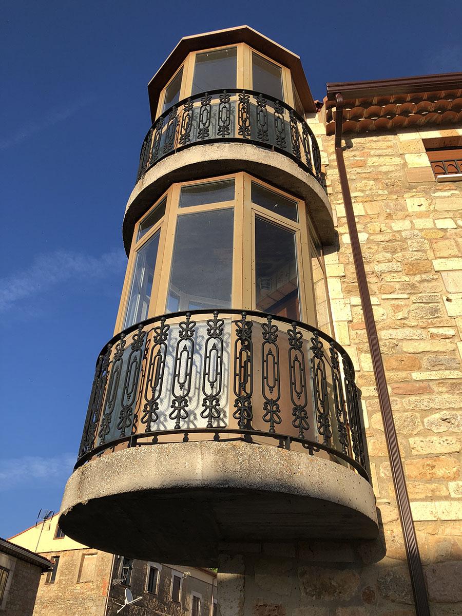 Balcones Sedano